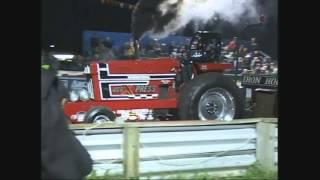BSTP--466 Hot Farm Tractors--Ettrick, WI 2015