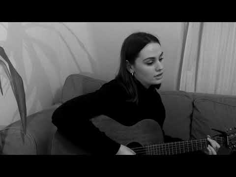 Mae Bradbury - The Lark (Kate Rusby Cover) LIVE