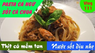 Fettuccine with tuna in oil & tomato sauce - A delicious blend of delicious sauce and soft fish meat