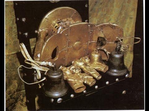 Sika dwa kofi (Golden Stool), Asante people