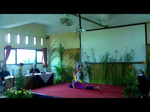 Tari Jaipong Ronggeng Nyentrik - Nidah Rosalinda (Purna PASKIBRAKA Indonesia Jawa Barat 2017)