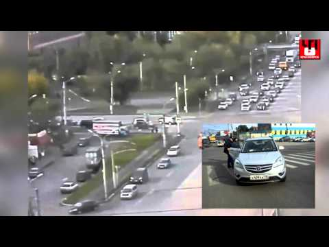Водитель в Красноярске сбил девушку и увез ее с собой