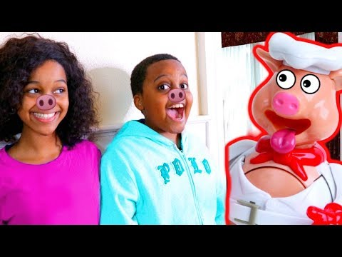 Download Youtube: TOY POP THE PIG vs Shiloh and Shasha! - Onyx Kids