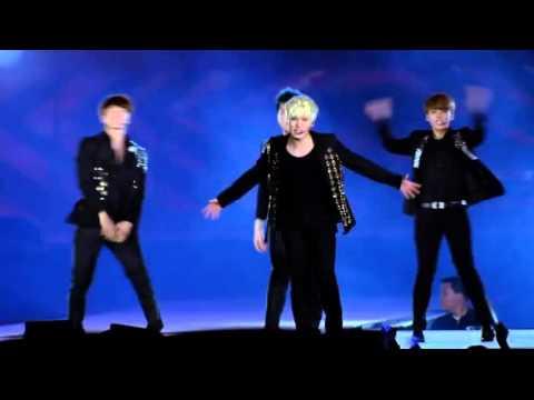 SMTOWN DVD4-SUPERMAN+돈돈+미인아 [SUPER JUNIOR]