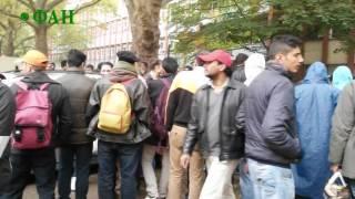 Немцы запечатлели на видео, во что превратили Берлин мигранты(Центральный район Берлина, Моабит, превратился в гетто. Тысячи неопрятных мужчин расположились на тротуара., 2016-01-31T01:30:38.000Z)
