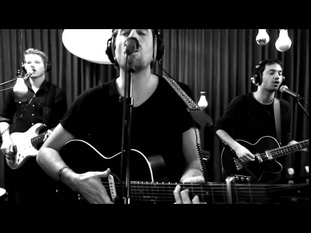 dotan-hungry-live-at-studio-brussel-dotanmusic