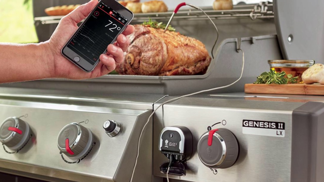 weber igrill mini bluetooth connected thermometer - unboxing grill