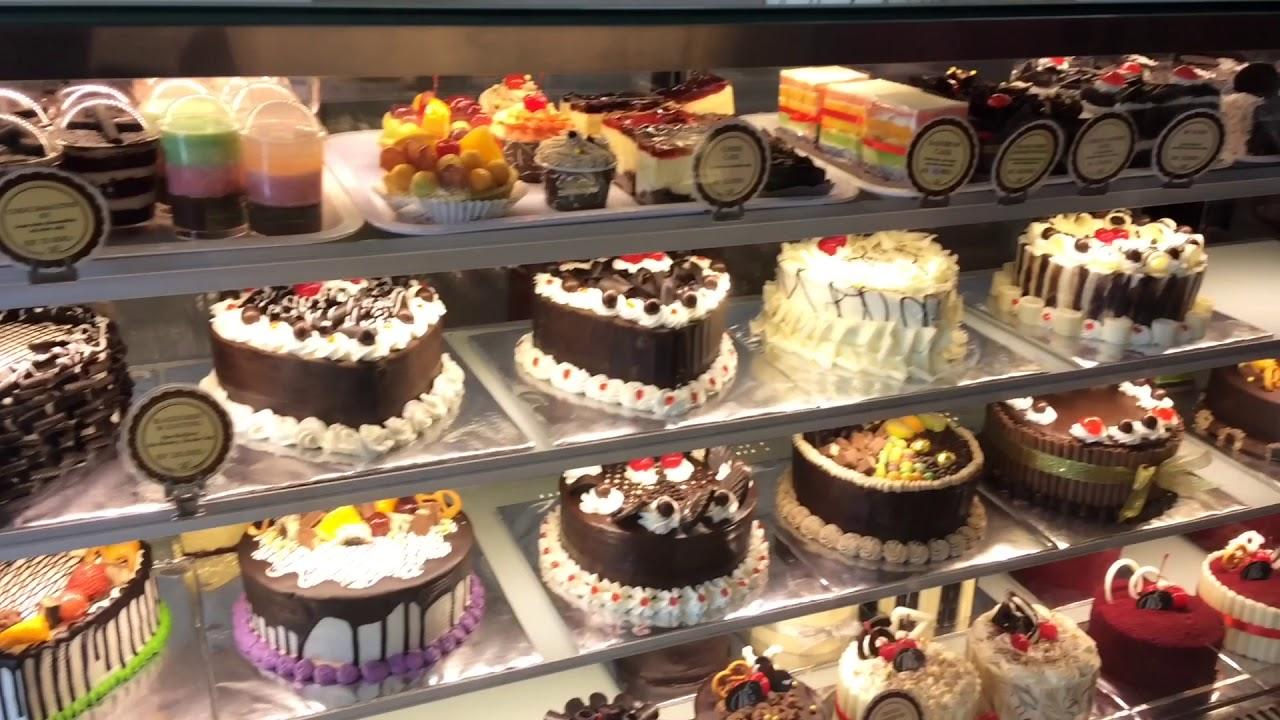 Blusukan Ke Valencia Bakery Cafe Youtube