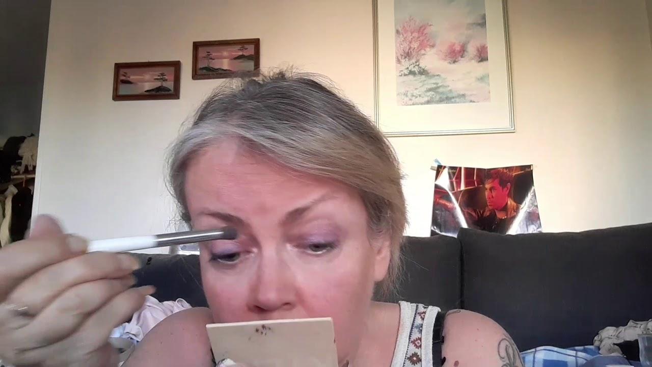 ASMR Suomi || Ostoksia 4 (NIMI?!?) - YouTube
