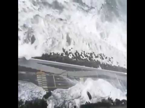 Cars being swept away - Typhoon Chaba  Busan, South Korea