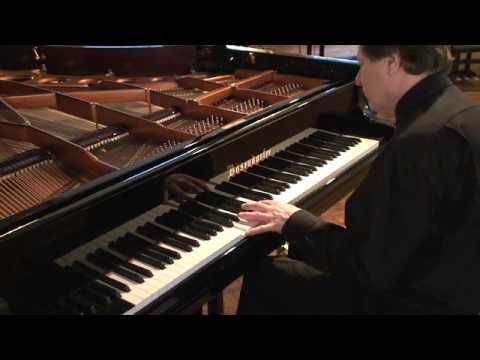 Roland Batik - Blues in F