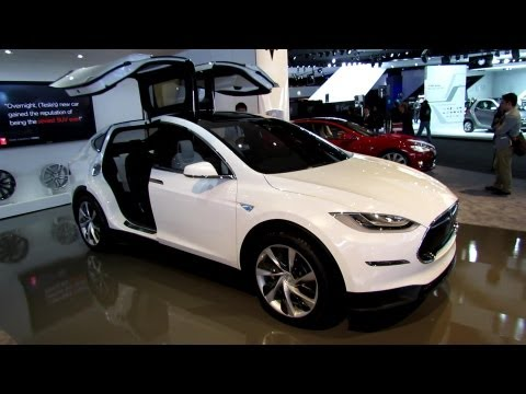2014 Tesla Model X - Exterior and Interior Walkaround - 2013 Detroit Auto Show