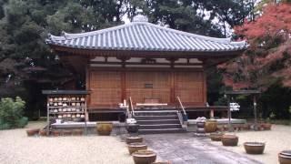 生駒山の東麓の山中に位置する竹林寺。 奈良時代に架橋、治水などの社会...