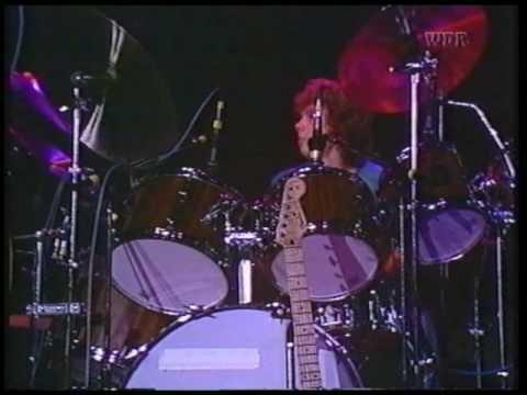 Santana - Well All Right - Runnin' - Soul Sacrifice