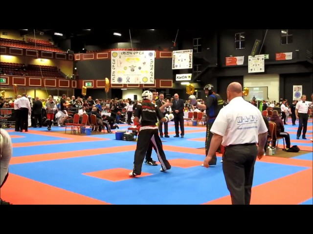 Knockout from Günther Wohlwend at the Irish Open 2015