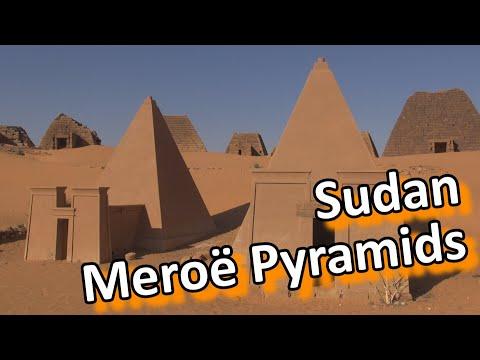 Sudan - Meroë pyramids