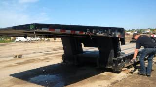 Download Video 50 Ton Etnyre hydraulic folding gooseneck operation MP3 3GP MP4