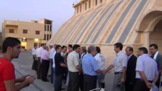 يبرود || إستقبال المطران وشباب الكنيسة للثوار 3-8-2012 .. ج 2