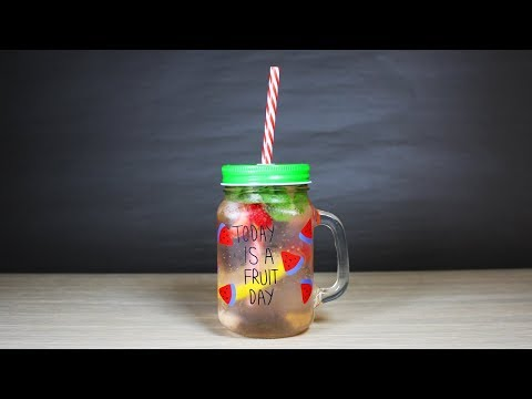 How to Make Fresh Mint Soda at Home with Strawberries