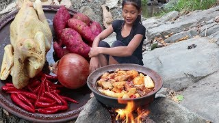 Chicken Curry with Potatoes for Food forest  Yummy Cook Chicken Curry for Food ideas Ep 42