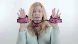 видео Наручники и ошейники БДСМ