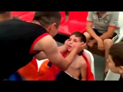 8 летний Армянский мальчик накаутировал азербайджанца