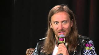 david guetta talks about not being distracted by nicki minajs assets