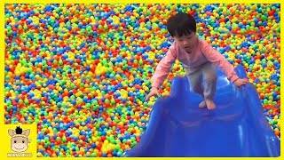 Indoor Playground Family Fun Play Area for kids / Nursery Rhymes Baby Songs | MariAndKids Toys