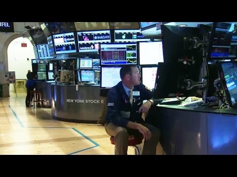 Wake-up call: Tech glitches bring down NYSE, United Airlines (video)