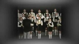 Ó Maria Concebida - MENINAS CANTORAS DE PETRÓPOLIS