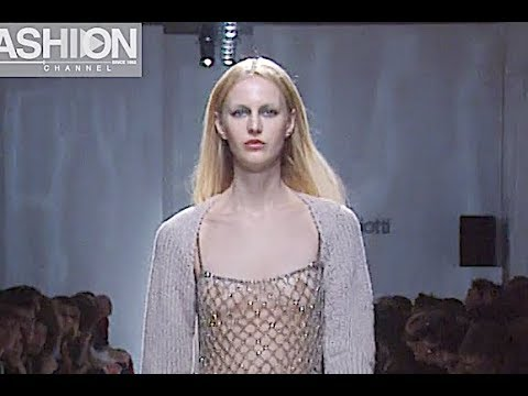 LAURA BIAGIOTTI Fall 2000/2001 Milan - Fashion Channel