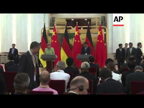 German Chancellor Merkel and Premier Li hold joint media conference