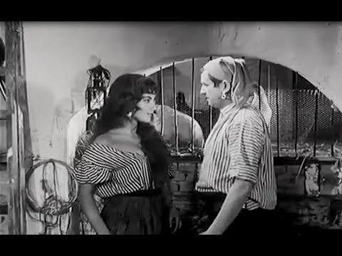 Toon Hermans kus scene met Nelly Frijda. (Moutarde van Sonaansee)