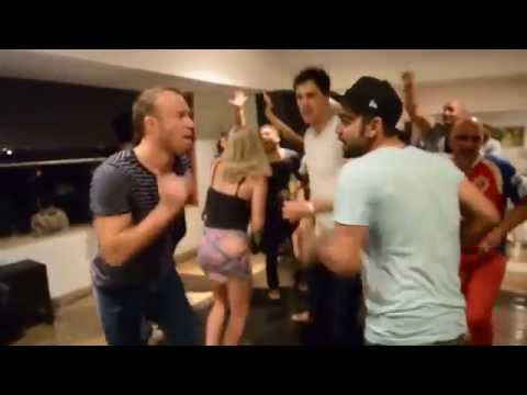 RCB Players Dancing for michael jackson song