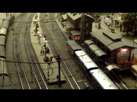 Märklin digital: Modellbahn-Betrieb in Langenthal, Musik: Sofa Rockers (Richard Dorfmeister Remix)