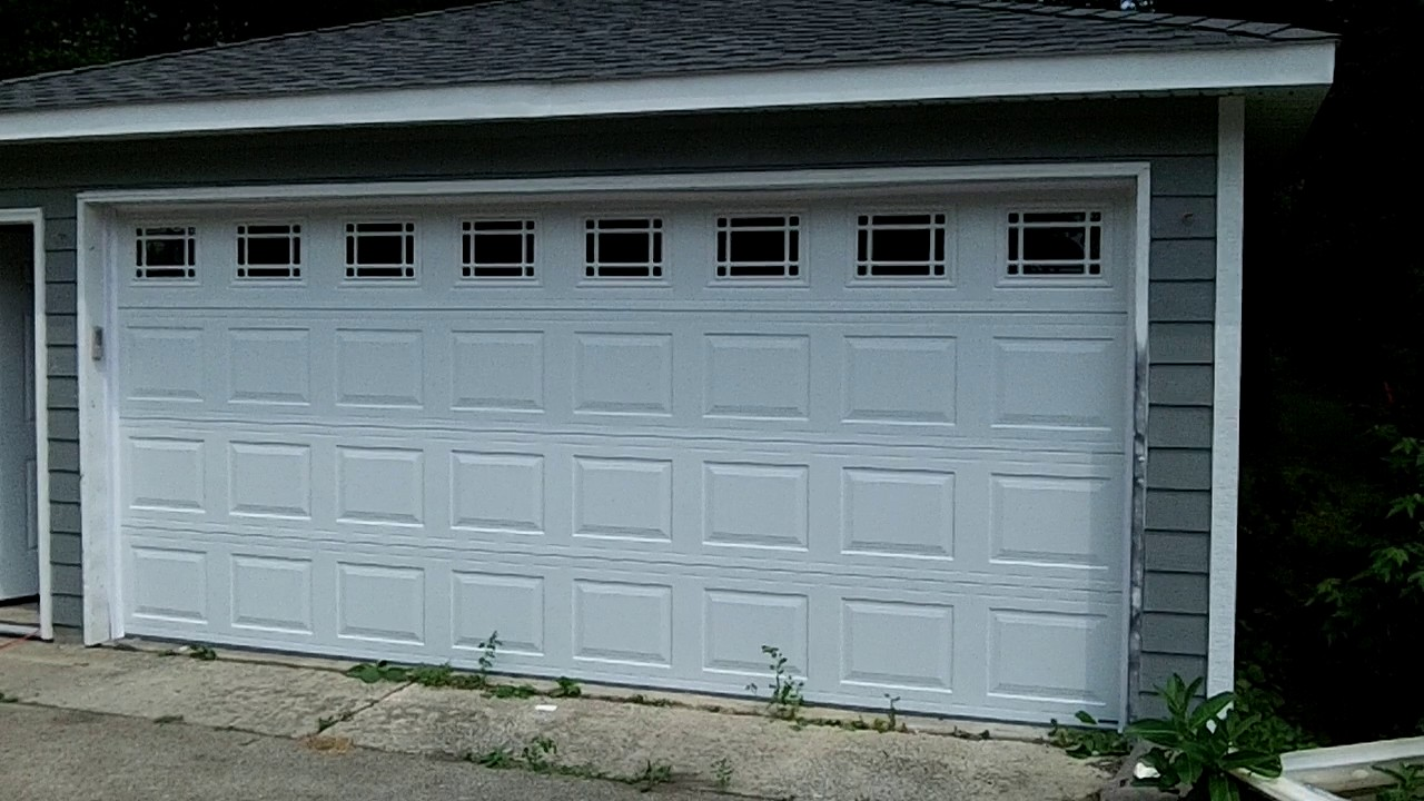 16 x 7 garage doorHormann 16x7 garage door model 3200 wPrarie glass WoodridgeIL