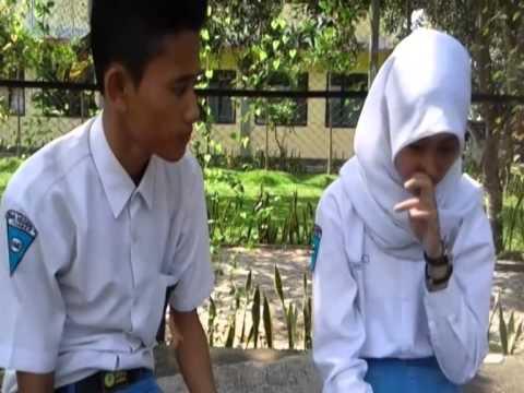 Film Pendek SMKN 5 JEMBER - Antara Cinta Dan Sahabat