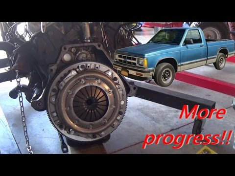 S10 Clutch & Flywheel Install - YouTubeYouTube