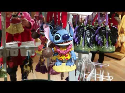 disney-store-vancouver---juguetes,-disfraces-y-mas!