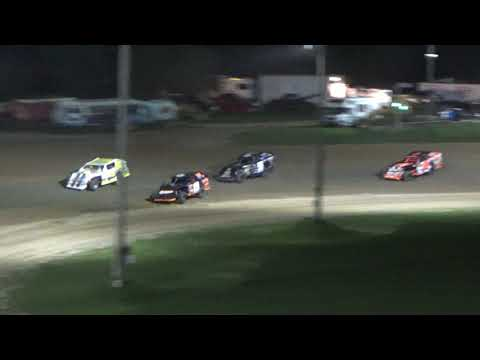 I.M.C.A. Heat Race #2 at Crystal Motor Speedway, Michigan on 09-15-2018!