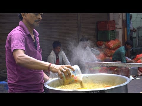 Parathe Wali Gali, Chandani Chowk, Old Delhi, India | Best Street Food in India