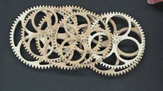 Repeat youtube video Comparison Of Completed Clock Wheels - Plywood & Segmented Wood