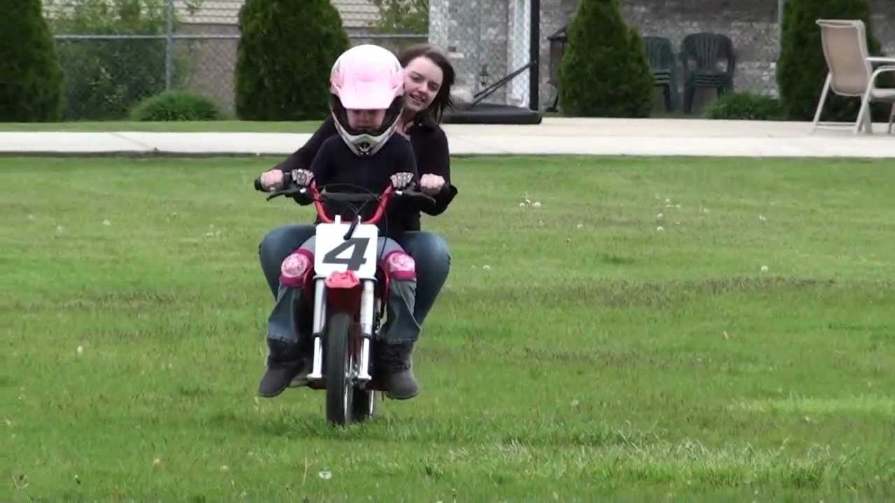 Hailey On Razor Mx 500 Dirt Bike More Dearing Youtube