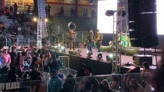 Calibre 50:  HUAPANGOS PERROS en vivo en el Aldrich Arena