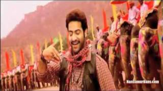 Shakti(2011) - Song Trailer - NTR, Ilenana - Thaliya Thaliya