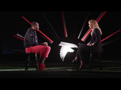 JULIO JONES WITH ERIN ANDREWS SUPER BOWL 51