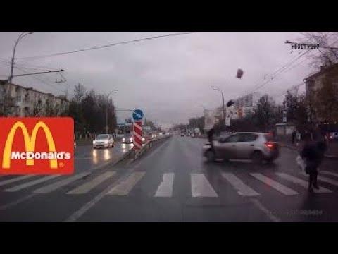 В Иваново водитель сбил четверых пешеходов / Knocked Down 4 People