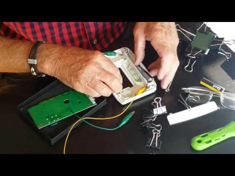 Honeywell cm901 Thermostat Display repair//Handy Hawkins