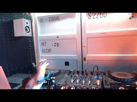 Elektric Sandwich @ 20ft Radio