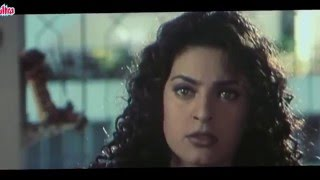 Juhi Chawla  - Arjun Pandit scene - Pandit Membakar baju Nisha